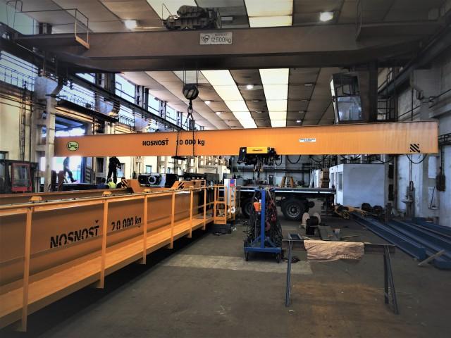 Bridge Crane during exporting