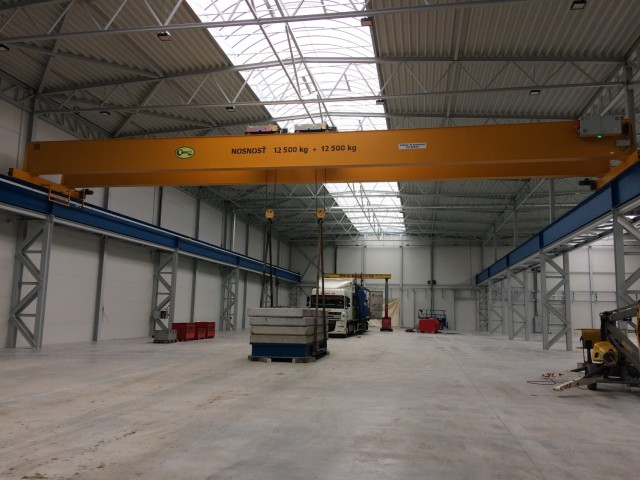 Crane 12,5+12,5t, Load Test