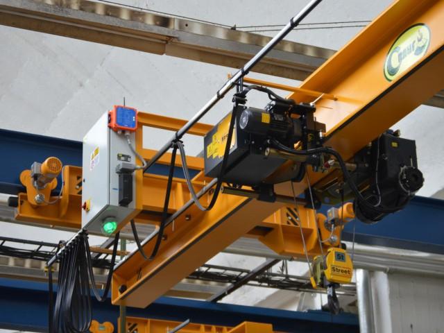 Underslung Crane