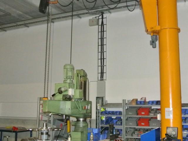 Slewing Jib Pillar Crane, 3t