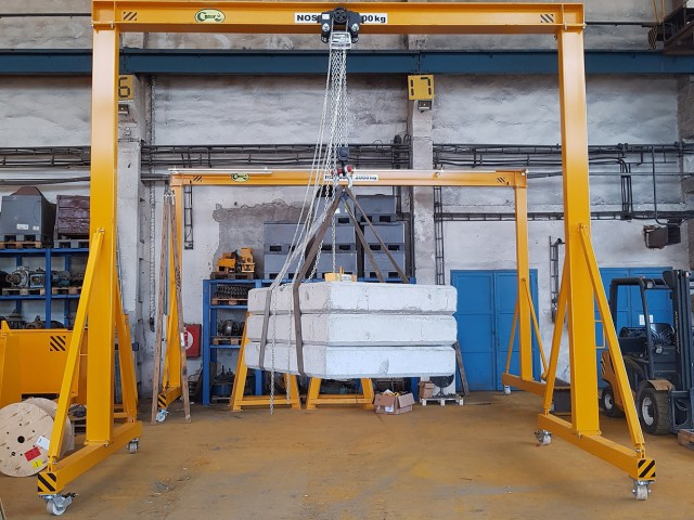 Loaded Portal Crane