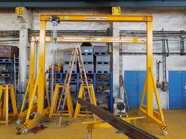 Gantry Cranes, 5t and  2t