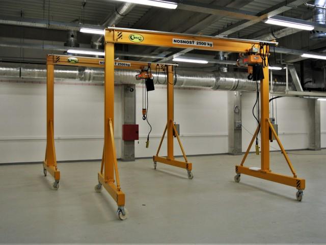 Light Portal Cranes, 2,5t