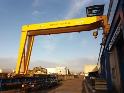 Single-Girder and Double-Girder Semi-Portal Cranes