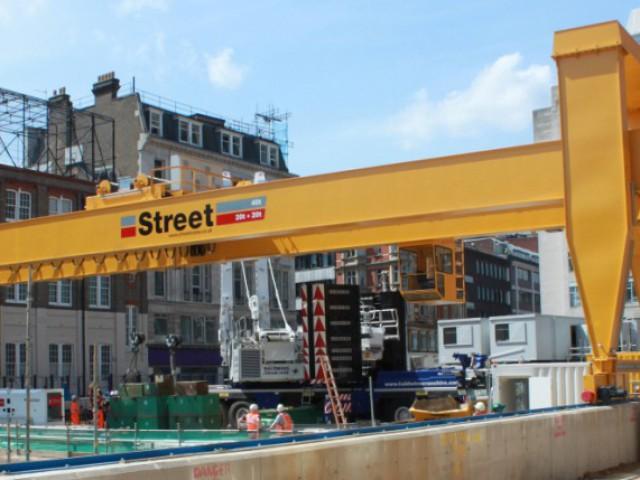 Gantry Crane STREET