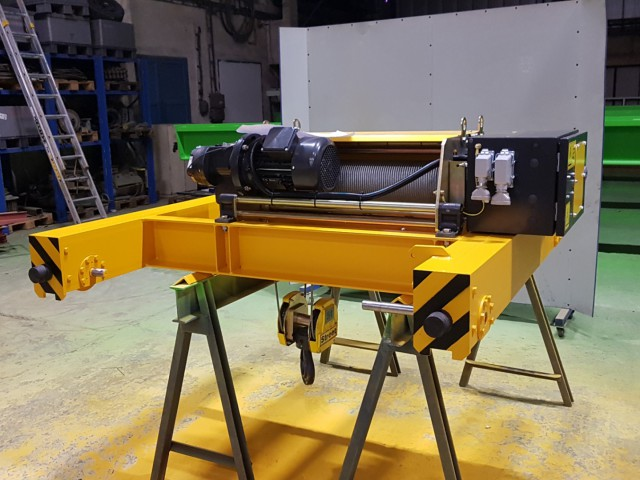 STREET Hoist 5t Equipped With Steel Construction Made by Cralif, Ready For Installation
