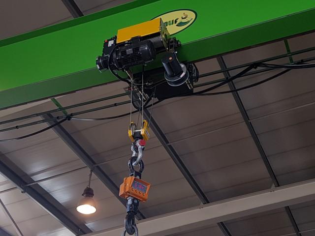 Installed Wire Rope Hoist STREET Crane