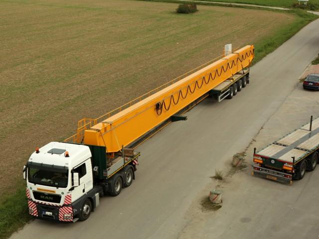 Crane Transporting to The Czech Republic