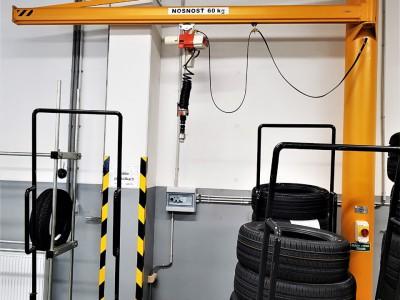 Slewing Jib Pillar Crane 60KG